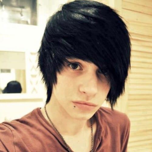 Emo Haircuts for Straight-Haired Boys