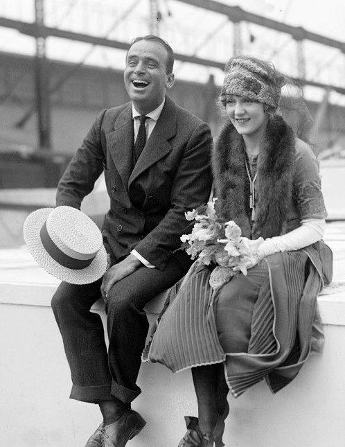 douglas fairbanks with stylish 1920s hairstyle