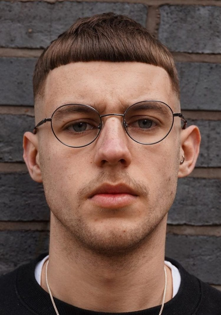 Straight Short mens fringe hairstyles and Undercut