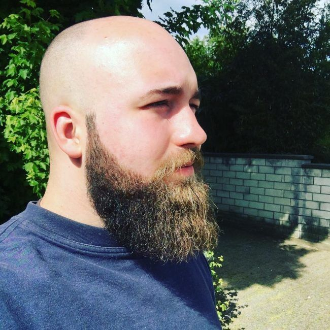 Cool Thick Beard Style with Clean-Shaven Head