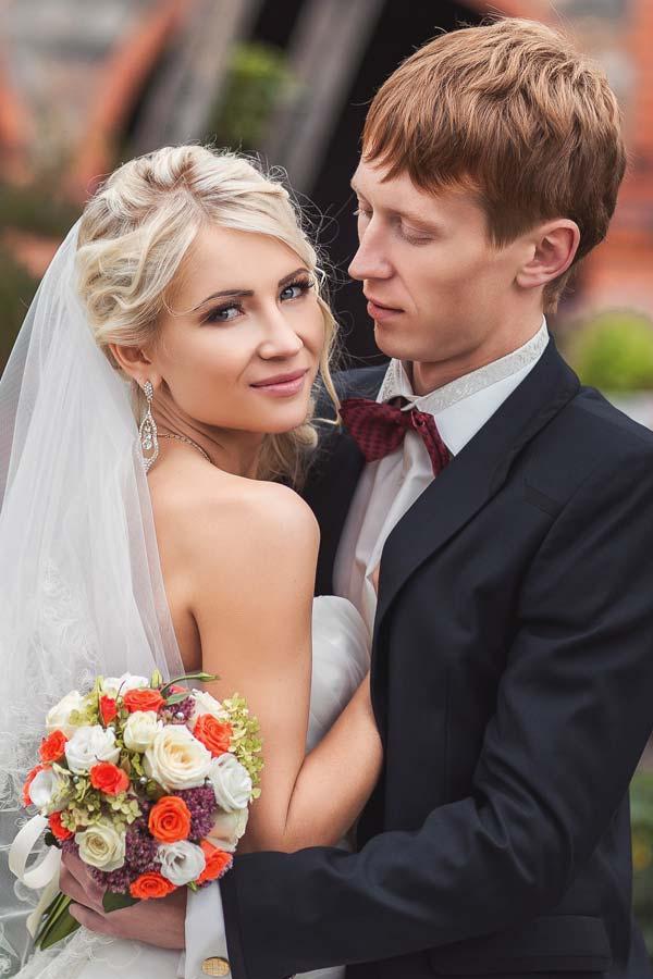 Mens Wedding Hairstyle Natural Waves