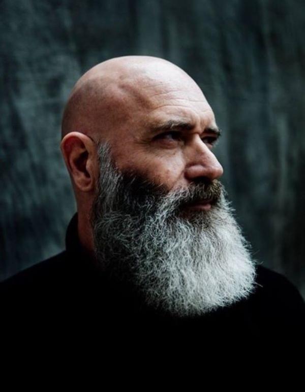 Gray-beard-for-bald-men-