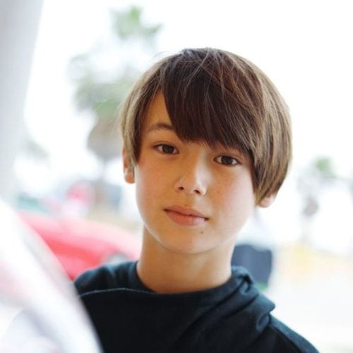Young boys haircuts Fancy – Side Parted Bowl-style Bangs