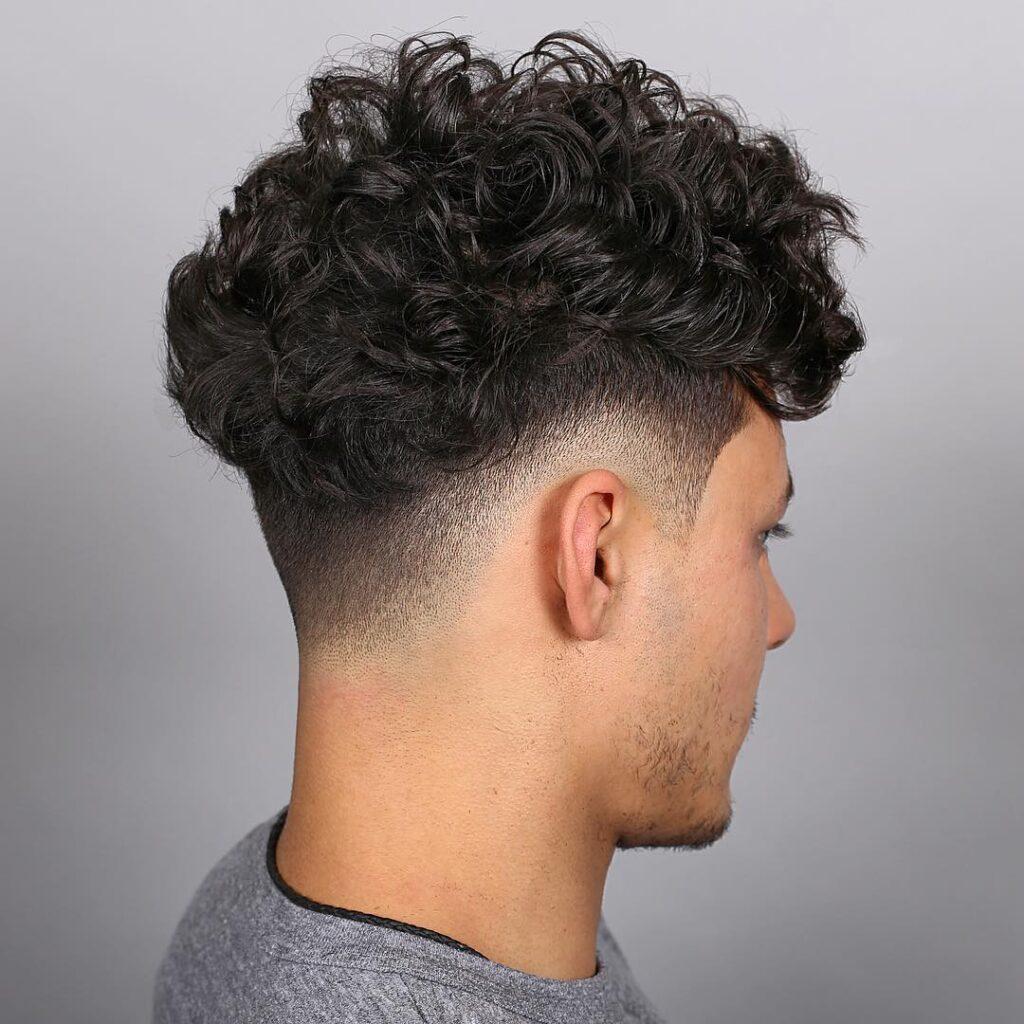 Curly high Skin Fade