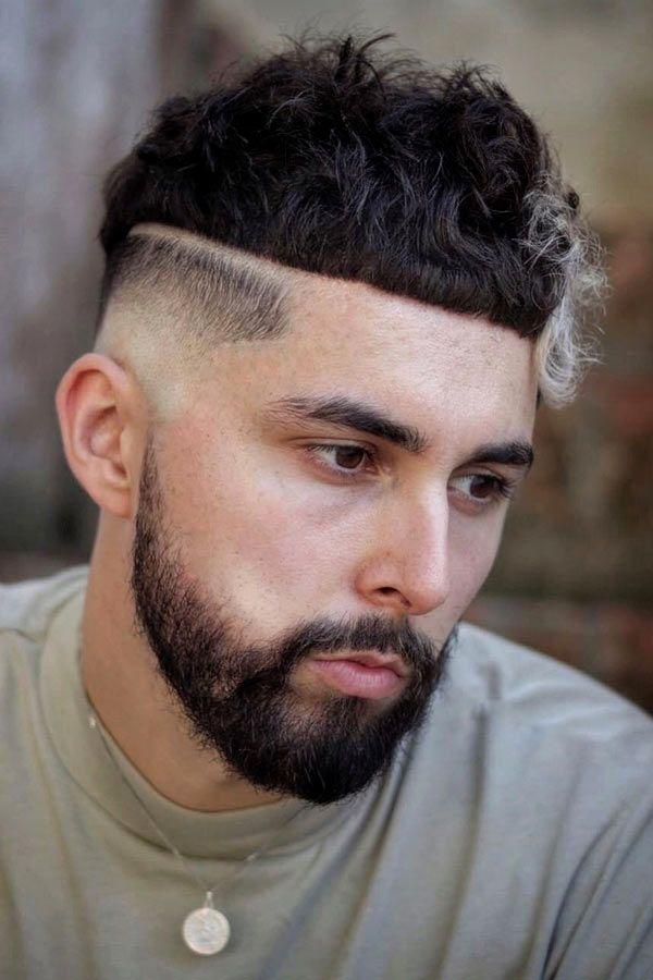 undercut-fade-haircut-cropped-shaved-stripe